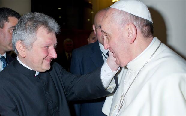 ricca-pope-francis_2622725b
