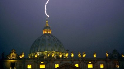 636447-vatican-pope-resign-st-peter
