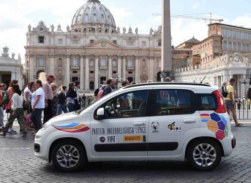 Fiat Panda auto ufficiale Partita Interreligiosa per la Pace