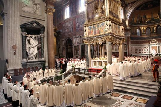 Pope+Benedict+XVII+Conducts+Mass+Lord+Supper+OQk8JTg2i5sl