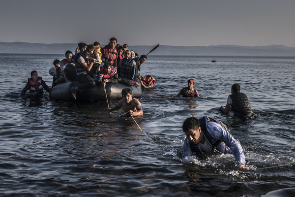 refugeesboat